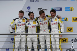 Podium: tweede #98 Rowe Racing, BMW M6 GT3: Markus Palttala, Nicky Catsburg, Richard Westbrook, Alex
