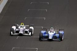 Takuma Sato, Andretti Autosport Honda, Zach Veach, A.J. Foyt Enterprises Chevrolet