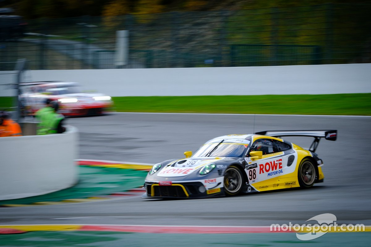 #98 ROWE Racing Porsche 911 GT3-R: Nick Tandy, Earl Bamber, Laurens Vanthoor