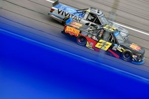 Brett Moffitt, GMS Racing, Chevrolet Silverado Concrete Supply and Johnny Sauter, ThorSport Racing, Ford F-150 Vivitar