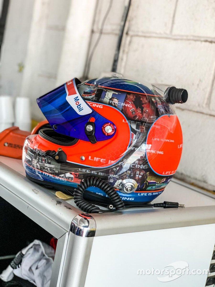 Capacete especial de Rubens Barrichello em Londrina