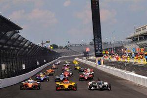 James Hinchcliffe, Andretti Autosport Honda, Ryan Hunter-Reay, Andretti Autosport Honda, Rinus VeeKay, Ed Carpenter Racing Chevrolet