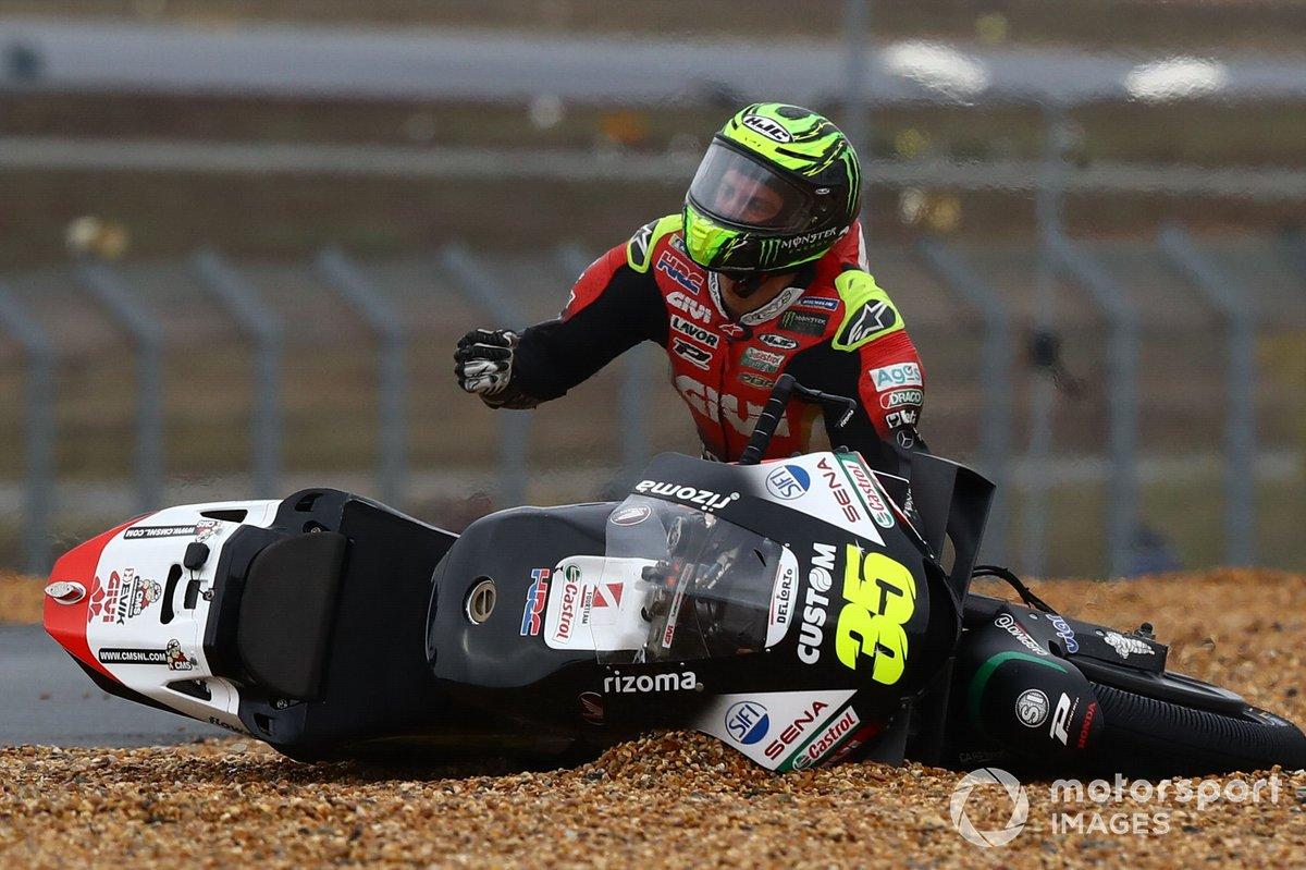 Cal Crutchlow, Team LCR Honda después de la caída