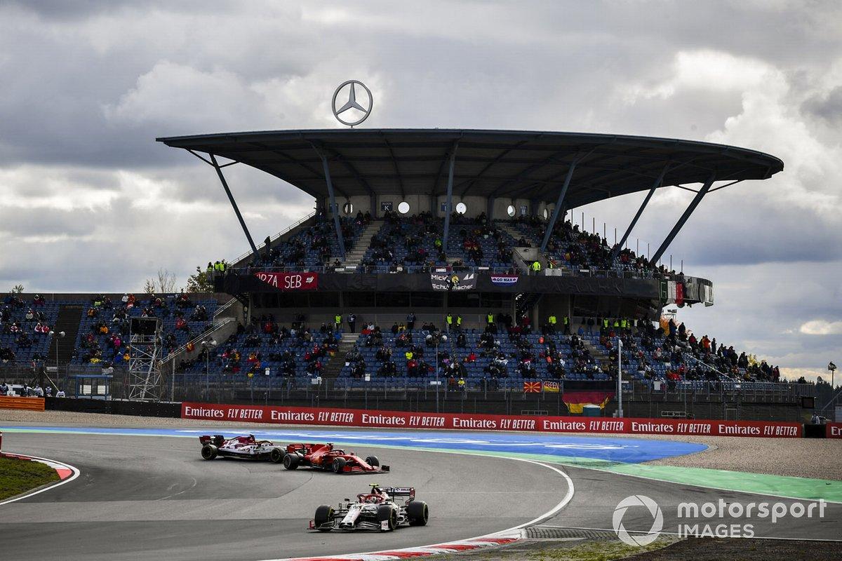 Antonio Giovinazzi, Alfa Romeo Racing C39, Sebastian Vettel, Ferrari SF1000, Kimi Raikkonen, Alfa Romeo Racing C39