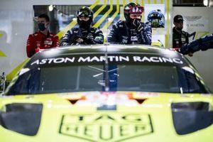 Meccanici dell' Aston Martin Racing