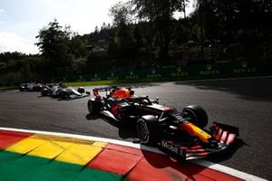 Max Verstappen, Red Bull Racing RB16, Pierre Gasly, AlphaTauri AT01, and Lance Stroll, Racing Point RP20