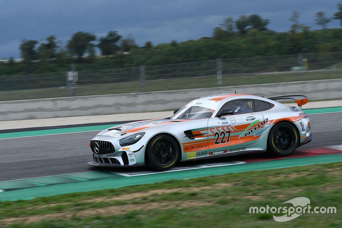 Luca Magnoni, Nova Race, Mercedes AMG GT4