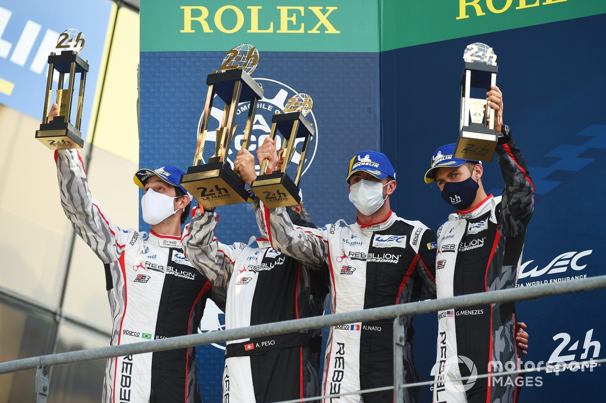 Podio: segundo lugar #1 Rebellion Racing Rebellion R-13: Bruno Senna, Gustavo Menezes, Norman Nato