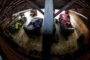 #12 AIM Vasser Sullivan Lexus RC-F GT3, GTD: Frankie Montecalvo, Townsend Bell, #14 AIM Vasser Sullivan Lexus RC-F GT3, GTD: Jack Hawksworth, Aaron Telitz, #57 Heinricher Racing w/MSR Curb-Agajanian Acura NSX GT3, GTD: Alvaro Parente, Misha Goikhberg, #86 Meyer Shank Racing w/Curb-Agajanian Acura NSX GT3, GTD: Mario Farnbacher, Matt McMurry