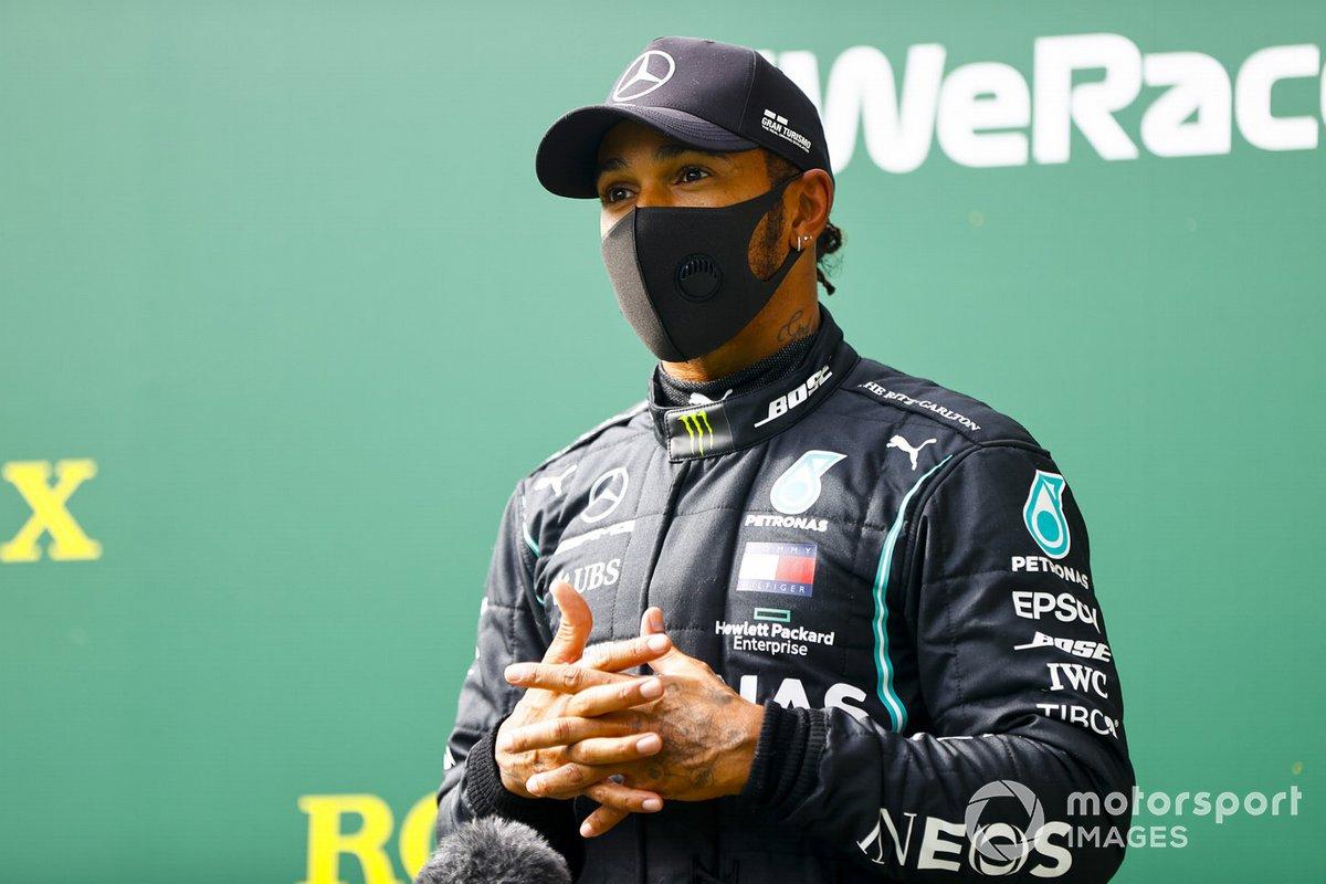 Ganador de la pole Lewis Hamilton, Mercedes-AMG F1