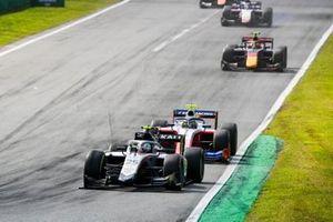 Luca Ghiotto, Hitech Grand Prix and Robert Shwartzman, Prema Racing