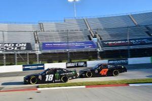 Riley Herbst, Joe Gibbs Racing, Toyota Supra Monster Energy, Kyle Weatherman, Mike Harmon Racing, Chevrolet Camaro