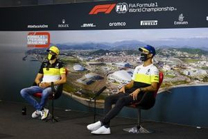 Esteban Ocon, Renault F1 and Daniel Ricciardo, Renault F1 in the press conference