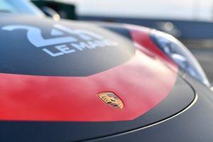 Logo: Porsche