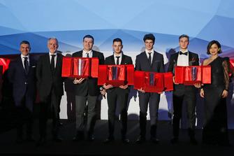 Massimiliano Cariola, Pietro Innocenti, Giuliano Bottazzi, Gianmarco Quaresmini, Alessio Rovera, Diego Bertonelli e Valentina Albanese