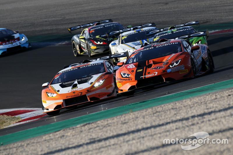 Lamborghini Huracan Super Trofeo Evo #211, Clazzio Racing: Kei Cozzolino, Afiq Yazid in lotta con