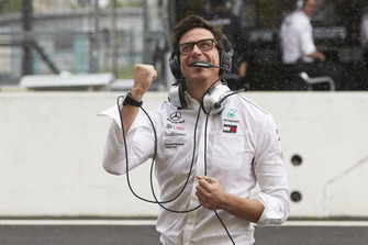 Toto Wolff, Mercedes AMG F1 Director of Motorsport, celebrates pole for Lewis Hamilton, Mercedes AMG F1