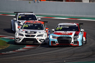 Mikel Azcona, PCR Sport Cupra TCR, Jean-Karl Vernay, Leopard Lukoil Team Audi RS3 LMS TCR