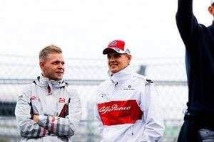 Kevin Magnussen, Haas F1 Team, et Marcus Ericsson, Sauber