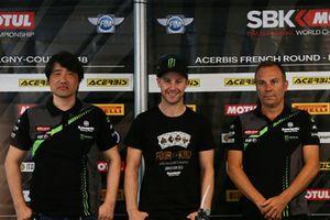 Yoshimoto Matsuda, Kawasaki ZX10R proje lideri, Jonathan Rea, Guim Roda