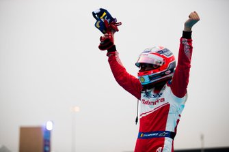 Jérôme d'Ambrosio, Mahindra Racing celebrates third position, in parc ferme