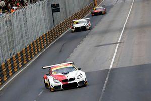 #42 BMW Team Schnitzer BMW M6 GT3: Augusto Farfus