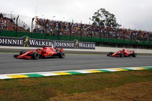 Sebastian Vettel, Ferrari SF71H devant Kimi Raikkonen, Ferrari SF71H