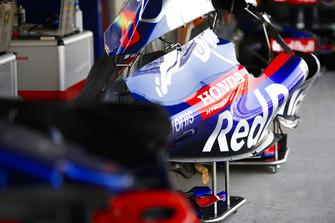 Toro Rosso Honda bodywork detail
