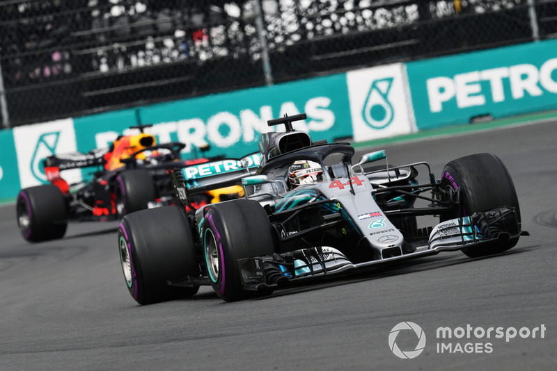 4. Lewis Hamilton, Mercedes AMG F1 W09 EQ Power+ l