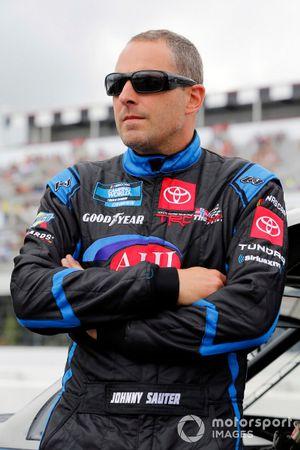 Johnny Sauter, ThorSport Racing, Toyota Tundra AHI Facility Services, Inc.