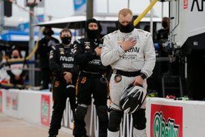 Patricio O'Ward, Arrow McLaren SP Chevrolet, crew