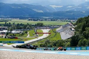 Valtteri Bottas, Mercedes W12, Daniel Ricciardo, McLaren MCL35M, and Lance Stroll, Aston Martin AMR21