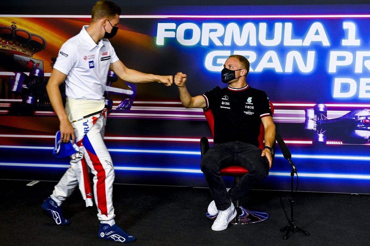 Valtteri Bottas, Mercedes e Mick Schumacher, Haas F1 in conferenza stampa