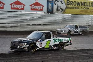 Hailie Deegan, Team DGR, Ford F-150 Toter / Engine Ice and Ben Rhodes, ThorSport Racing, Toyota Tundra Bombardier / Learjet 75