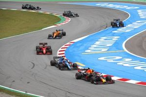 Sergio Perez, Red Bull Racing RB16B, Esteban Ocon, Alpine A521, Carlos Sainz Jr., Ferrari SF21, Lando Norris, McLaren MCL35M, and Fernando Alonso, Alpine A521