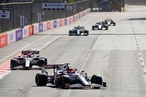 Kimi Raikkonen, Alfa Romeo Racing C41, Antonio Giovinazzi, Alfa Romeo Racing C41