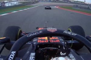 Max Verstappen, Red Bull Racing RB16B a bordo