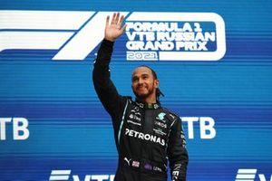 Lewis Hamilton, Mercedes, 1e positie