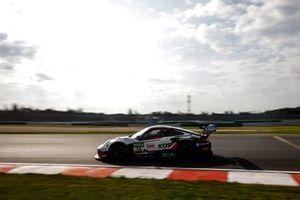 #74 Kues Team Bernhard Porsche 911 GT3 R: Joel Eriksson, Julien Andlauer