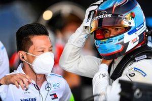 Albert Lau, Race Engineer, Mercedes Benz EQ, with Nyck de Vries, Mercedes-Benz EQ