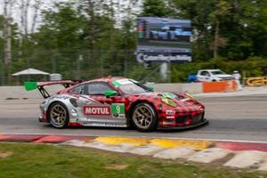 #9 Pfaff Motorsports Porsche 911 GT3R, GTD: Zacharie Robichon, Laurens Vanthoor
