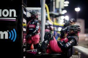 Un membre de l'équipe de Jack Harvey, Meyer Shank Racing Honda