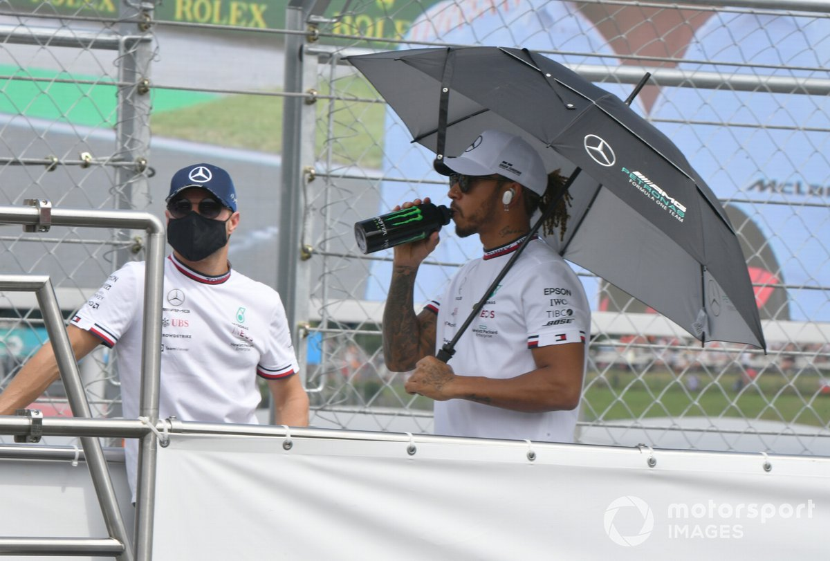 Valtteri Bottas, Mercedes, Lewis Hamilton, Mercedes in the drivers' parade