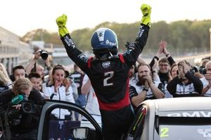 Le vainqueur Colin Turkington, Team BMW BMW 330i M Sport