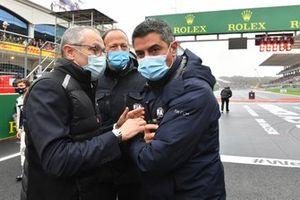 Stefano Domenicali, CEO, Formula 1, and Michael Masi, Race Director, FIA, on the grid