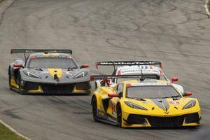 #3: Corvette Racing Corvette C8.R, GTLM: Antonio Garcia, Jordan Taylor, #79: WeatherTech Racing Porsche 911 RSR - 19, GTLM: Cooper MacNeil, Kevin Estre, #4: Corvette Racing Corvette C8.R, GTLM: Tommy Milner, Nick Tandy