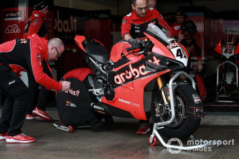 La moto de Scott Redding, Aruba.it Racing Ducati