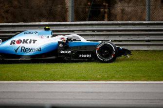 Robert Kubica, Williams FW42 after crashing