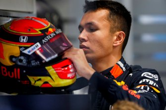 Alexander Albon, Red Bull Racing in the garage