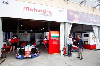 Гаражи Mahindra Racing